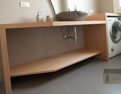 Bagno rovere naturale/Oak bathroom